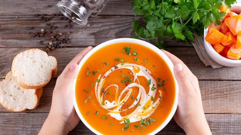 Fina jesenska juha od butternut tikve će razbuditi vaša osjetila