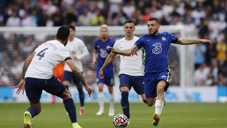Kovačić asistirao za gol Kantea, Chelsea u derbiju slomio Spurse