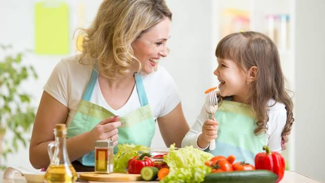 Potaknite dijete da učini dobro djelo - ono će u tome uživati...