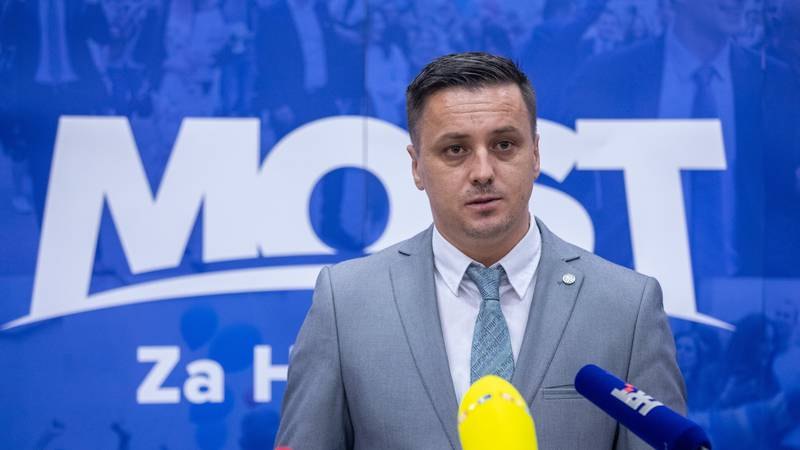 Kujundžić poručio kako Most nije na prodaju: 'Dalmacija pod HDZ-om stagnira i nazaduje'