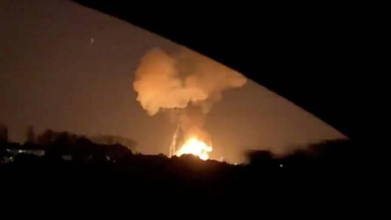 Eksplozija u tvornici usmrtila je muškarca udaljenog tri km