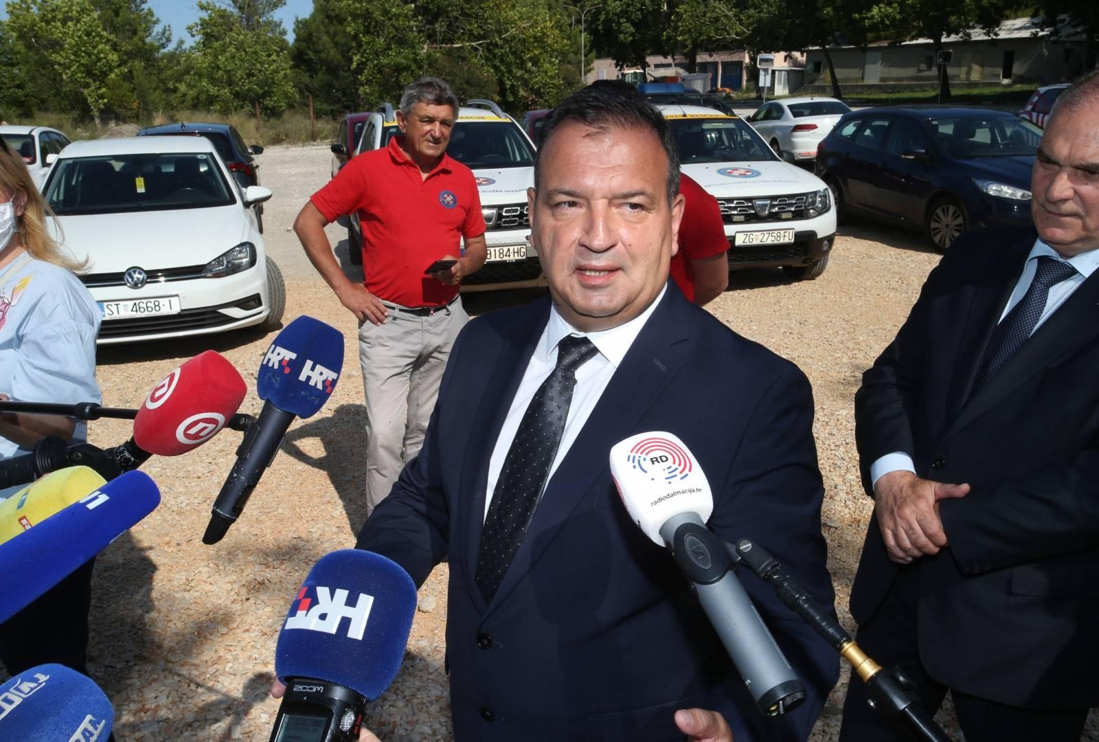 Solin: Ministar Beroš posjetio je Hrvatsku gorsku službu spašavanja