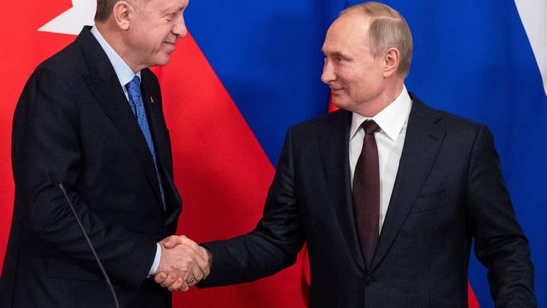 Putin Erdoganu preporučio da se cijepi Sputnjikom V: 'Cijepio sam se već dva put s Pfizerom'