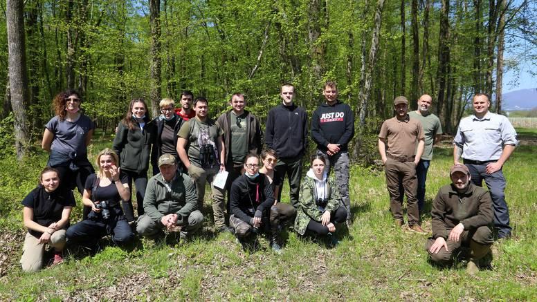 Buduće lovkinje i lovci: Zaštita prirode je sve važniji posao, a nastava u šumi donosi diplomu