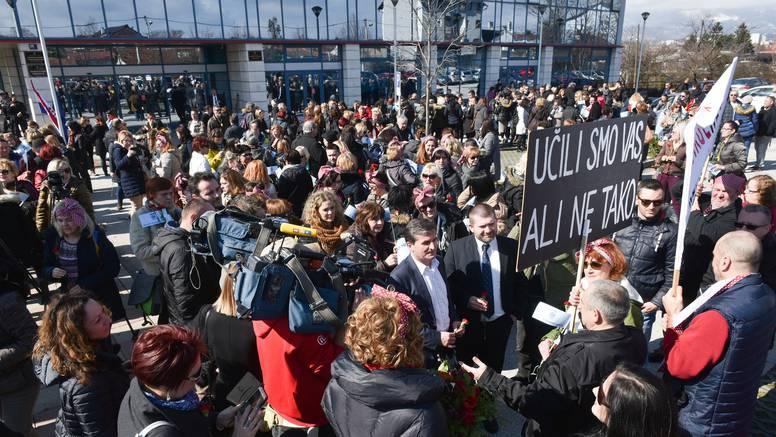 Sindikat učitelja: 'Zaslužili smo bolja prava i kolektivni ugovor'