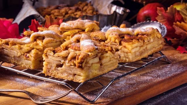 Pita od jabuka kakvu su radile naše bake - po receptu iz 1964.