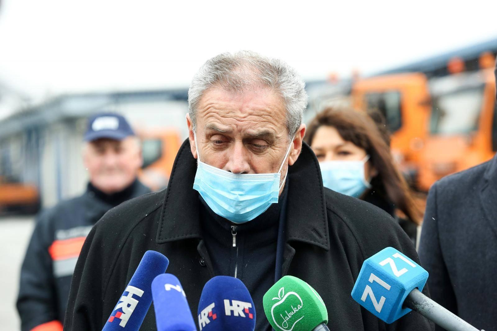 Zagreb: Gradonačelnik Milan Bandić sazvao stožer Zimske službe