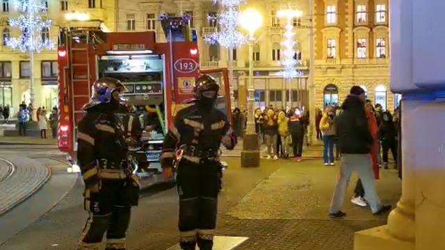 Zapalila se trgovina u centru Zagreba, vatrogasci morali provaliti da ugase požar