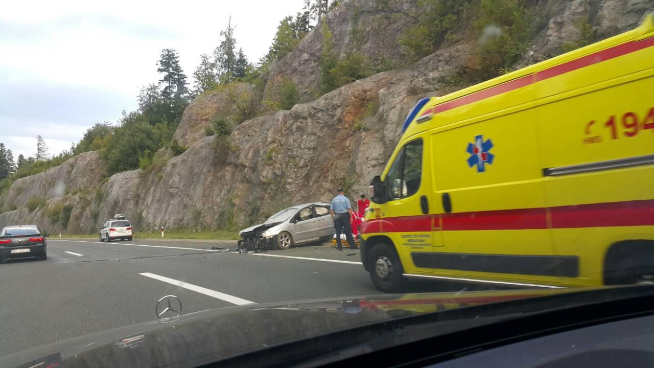 Na autocesti A6 kod Vrbovskog u nesreći jedan čovjek ozlijeđen