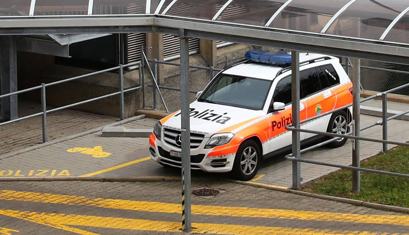 20-godišnji Hrvat u Švicarskoj kuhinjskim nožem ubio majku