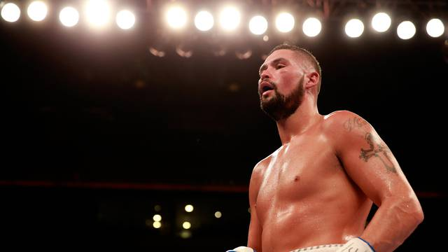 Boxing - WBO & WBA Intercontinental Cruiserweight Title - Nathan Cleverly v Tony Bellew - Liverpool Echo Arena