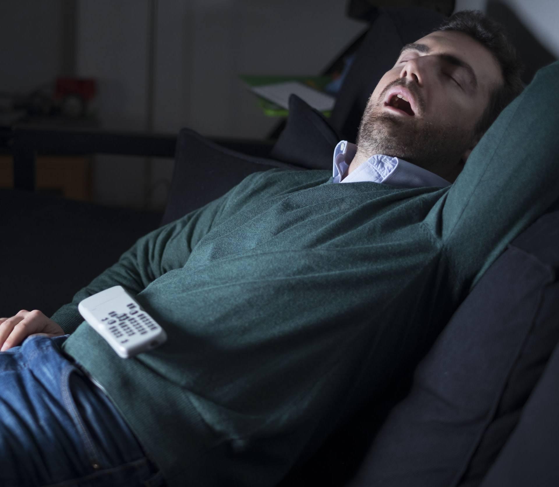 Spavanje nakon ručka jedan je od čestih uzročnika žgaravice