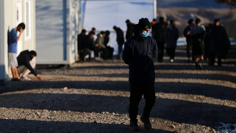 Policija evakuira 250 ilegalnih migranta iz Bihaća: U kampu Lipa ima dovoljno mjesta za sve