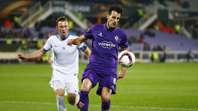 Fiorentina's Nikola Kalinic in action with Slovan Liberec's
