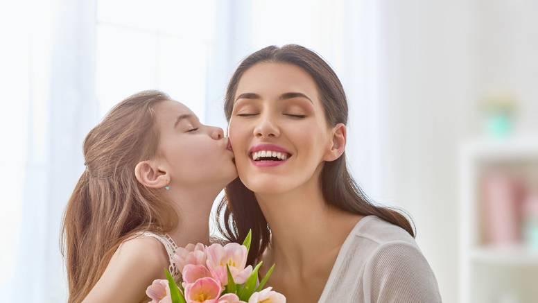 Majčin dan: Znate li zašto se slavi i što se danas poklanja?