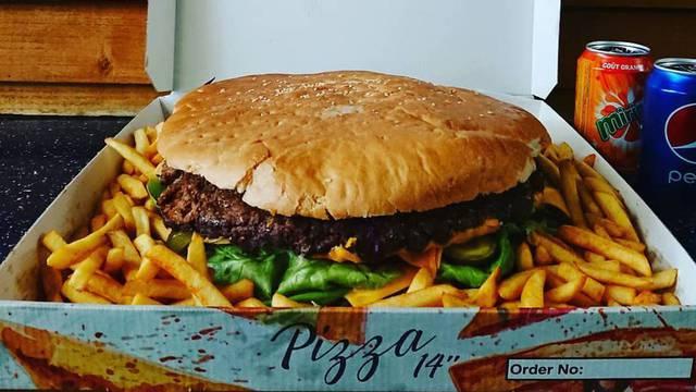 Burger od 2 kilograma
