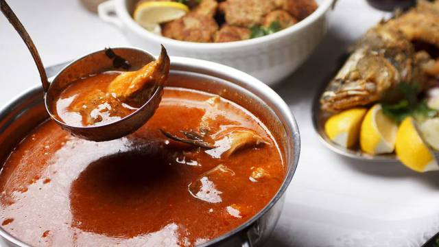 Čari blagdanskog stola s okusima slatkovodne ribe
