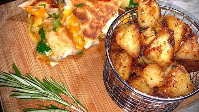 Kako napraviti savršeni pečeni krumpir? Potrebna su tri koraka