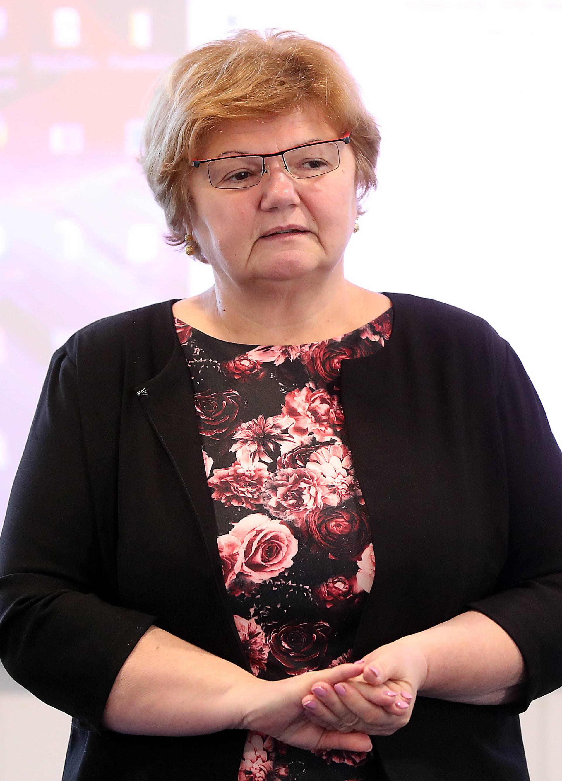 "Zagreb: Stručni skup ""Sačuvajmo njihov zagrljaj"" o skrbi majkama s djecom i trudnicama"
