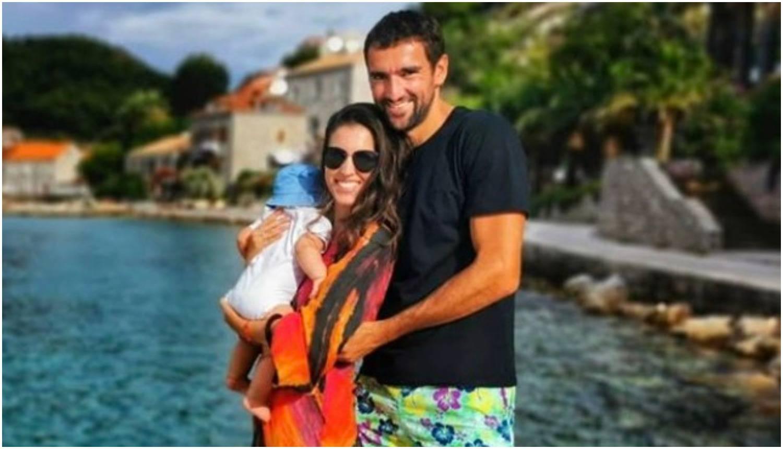 Čilić i supruga uživaju u čarima roditeljstva: Otišli na ljetovanje
