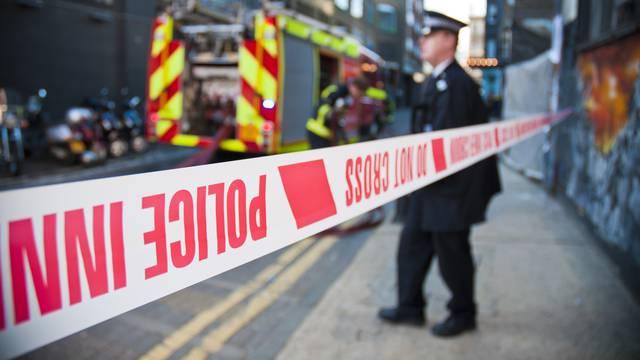 Strava u Engleskoj: Izgorjeli muškarac, žena i dijete, još troje djece završilo u bolnici