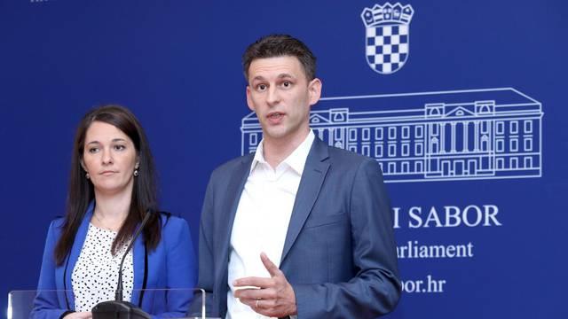 Zagreb: Most ima prijedlog za veće plaće zaposlenim roditeljima