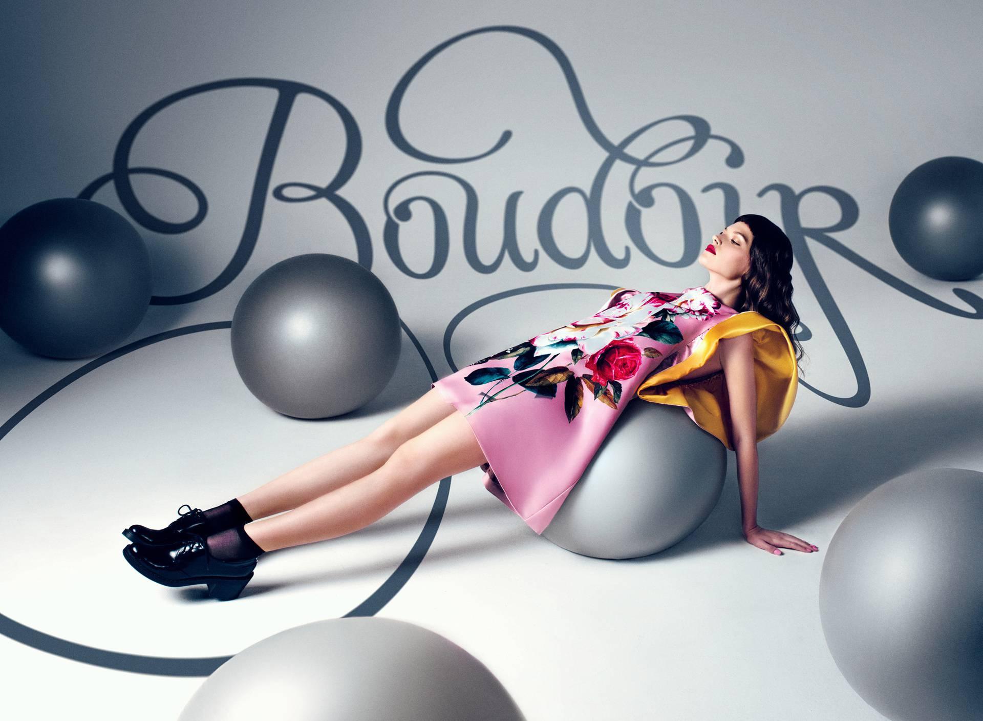 Atelje Boudoir: Stilska obrada raskošne Alise u zemlji čudesa