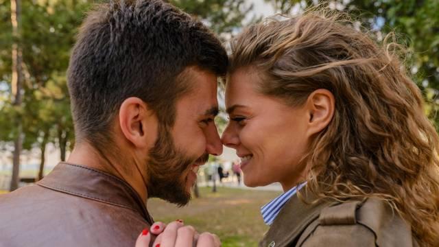 7 parova iskreno: Ovako izgleda život s partnerom druge vjere