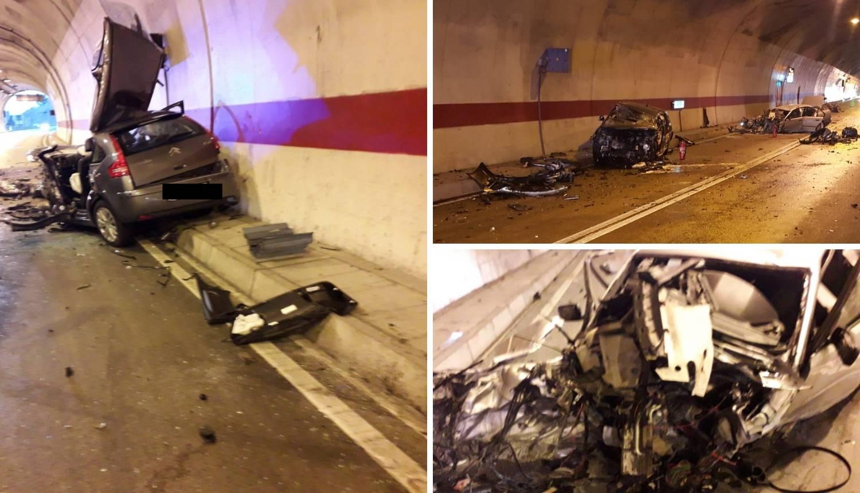 Stravičan prizor: Jedan vozač poginuo, drugi teško ozlijeđen