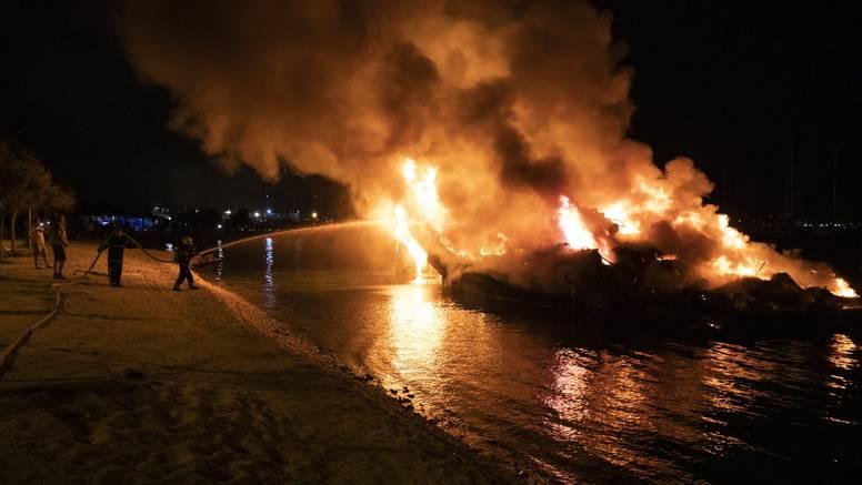 Sudski vještak o požaru: 'Samo dvije izgorjele jahte u marini vrijede bar 30 milijuna kuna'