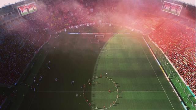 E, to je ljubav: Više od 50.000 navijača na treningu Flamenga