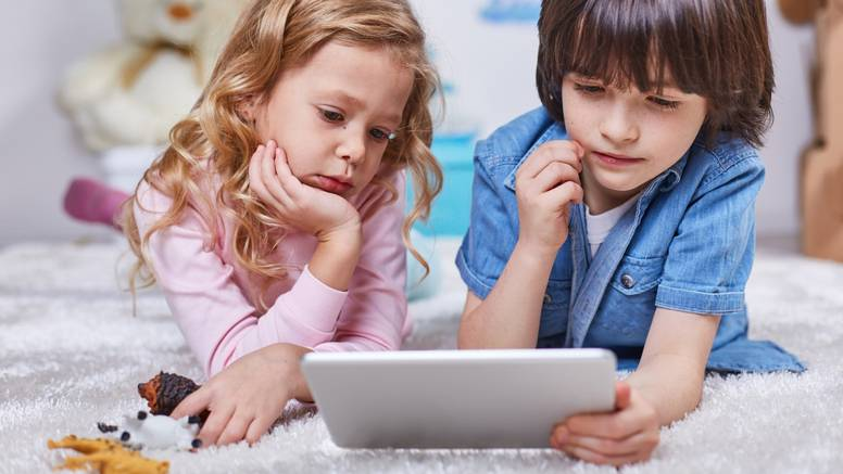 Igranje videoigara više šteti  djevojčicama nego dječacima