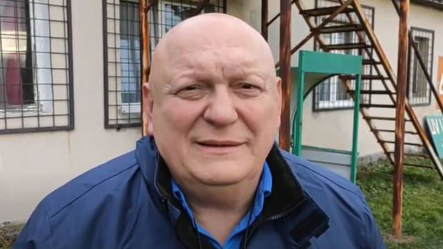 Na stadionu pretukao trenera Radnika: Prijetio mu pištoljem