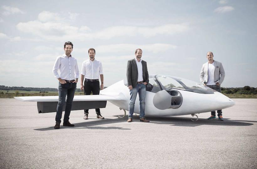Rade električni leteći taksi, s krovova će poletjeti već 2019.