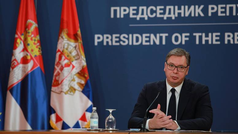Vučić: 'Srbiji ne pada na pamet nekog napadati, ali spremni smo braniti svoj teritorij...'