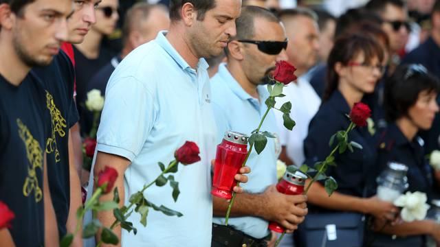 Mimohod u Tisnom: Počast za poginule  u kornatskoj tragediji