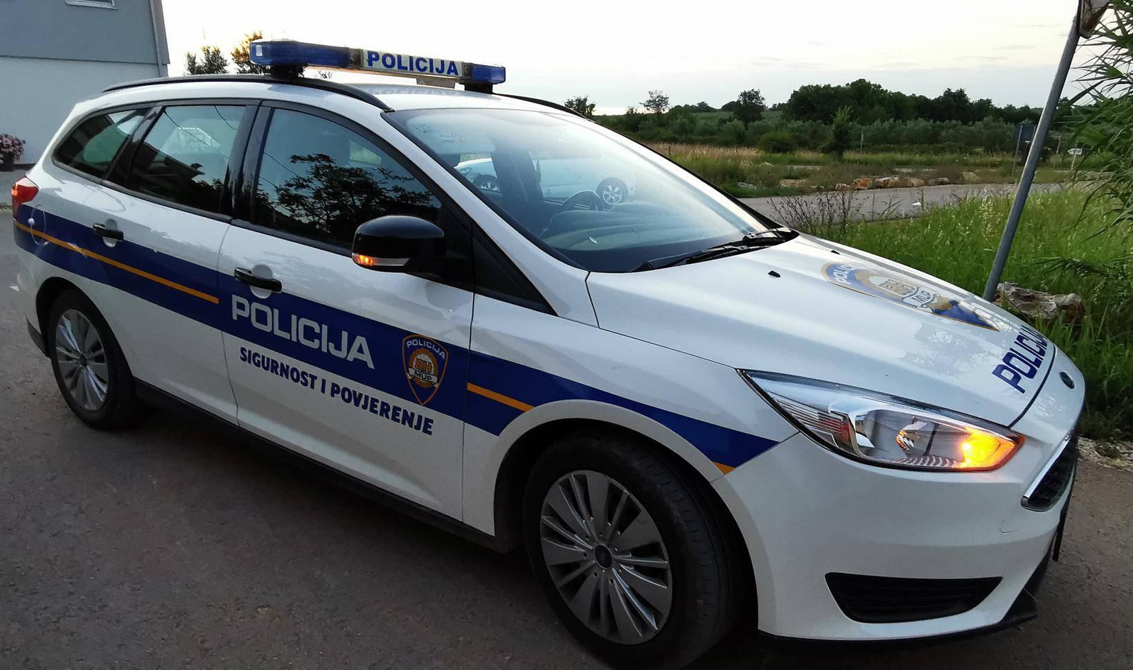 Ukrao auto pa sletio s ceste u Čakovcu: Nije imao ni vozačku
