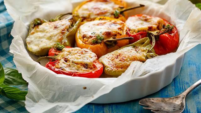 Vegetarijanske punjene paprike