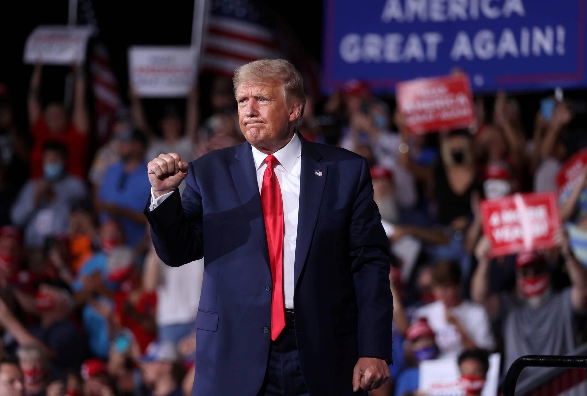 Trump i republikanci prikupili 210 milijuna dolara donacija