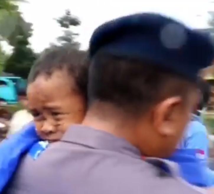 Čuli su plač: Dječaka izvukli iz ruševina 12 h nakon tsunamija