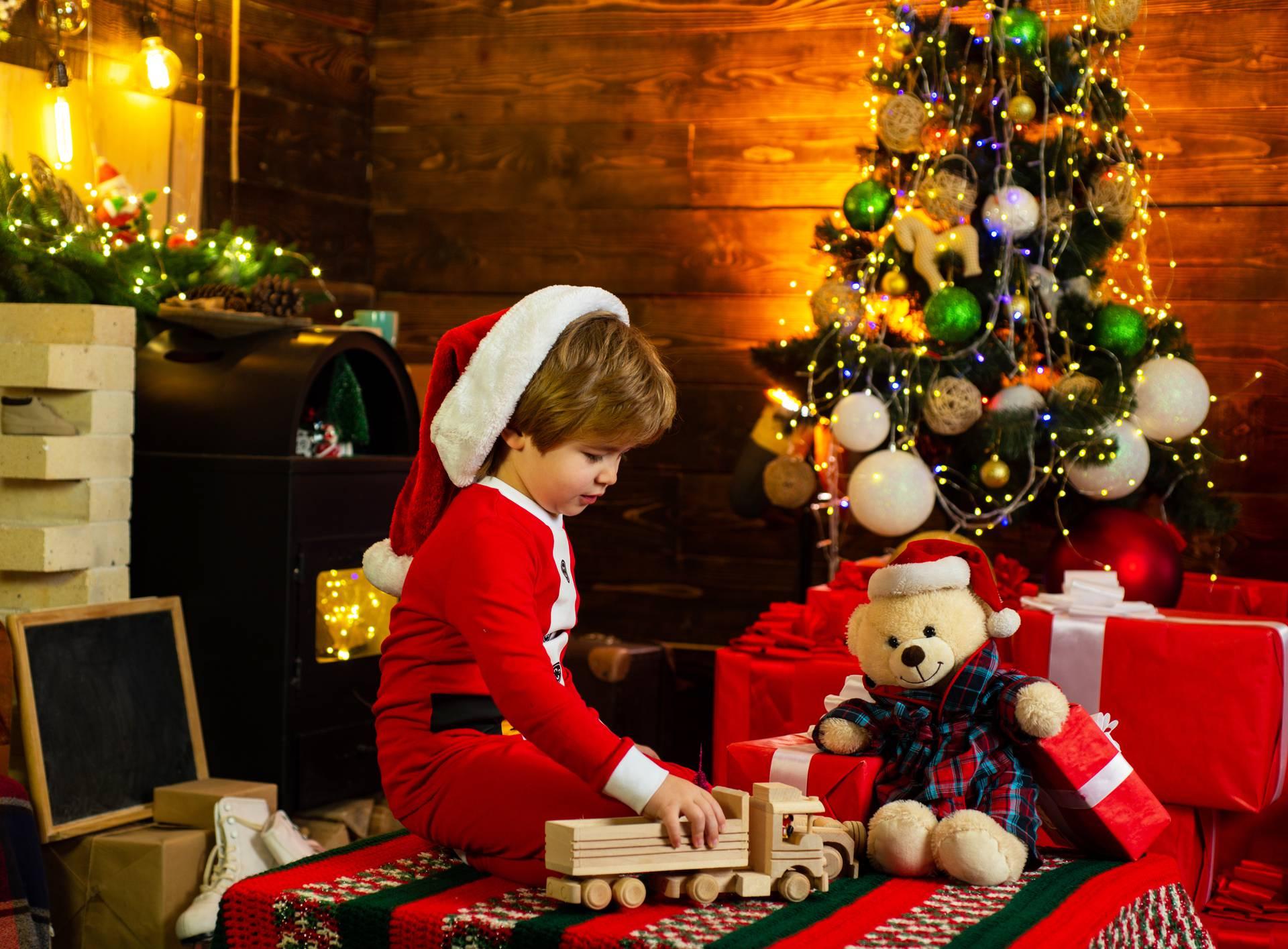Vjerovanje u Djeda Mraza djecu potiče na pregovaranje i fokus