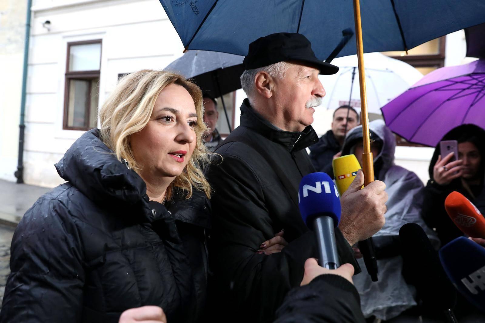 Zagreb: Predstavnici školskih sindikata dolaze na pregovore u Banske dvore