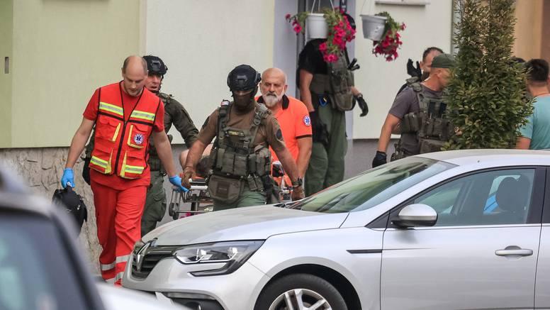 Opsadno stanje u Krapinskom naselju: 'Uništavao je stakla i prozore, jedva su ga svladali'