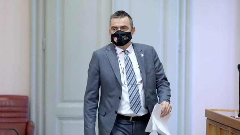 Stipo Mlinarić (DP): 'Najbolje da i Medved podnese ostavku'