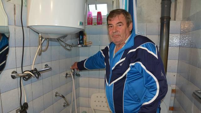 Suša u Gejkovcu: Mještani žeđaju, bez vode su 20 dana