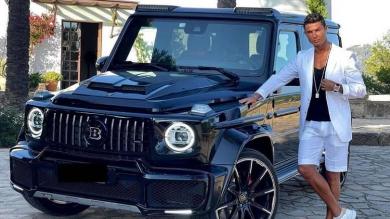 Ronaldo se uoči nove sezone provozao autom od 4,5 mil. kn koji mu je poklonila Georgina