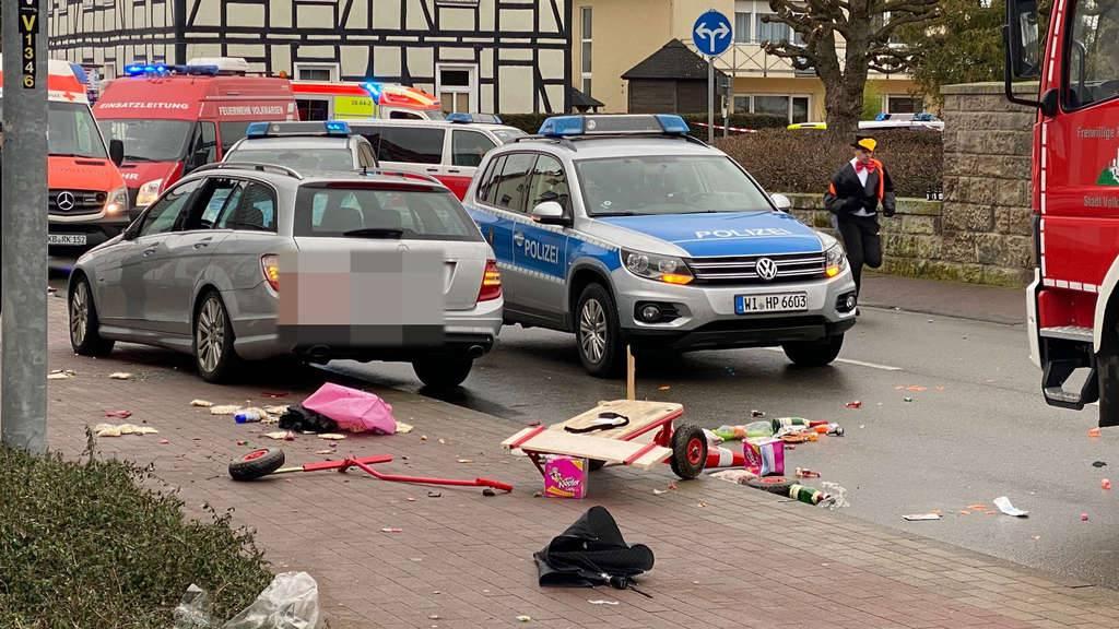 Autom na povorku maškara: Broj se popeo na 50 ozlijeđenih