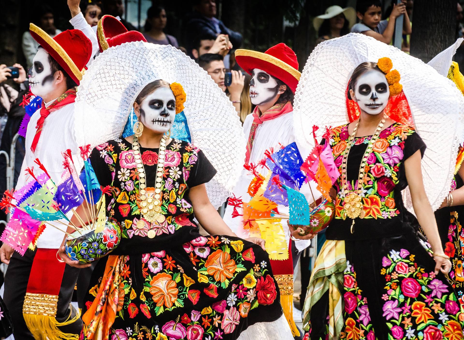 Da se mrtvi ne uvrijede tugom, u Meksiku ih slave zabavama