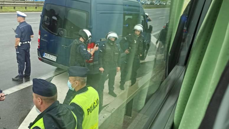 Poljska policija zaustavila 150 Boysa prije ulaza u Varšavu!