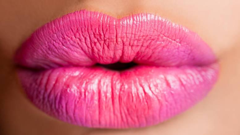 Evo što možete učiniti da usne ostanu pune i ne ostare prerano